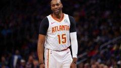На 42 г. майсторът на забивките продължава да се изявява в NBA и започна рекорден 22-и сезон в лигата