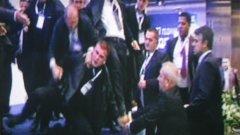 Разярени делегати са наобиколили Октай Енимехмедов. Снимката е от ТВ екрана