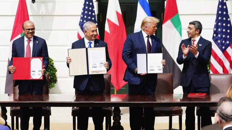 """Споразумението за """"нормализиране на отношенията"""" подразни Палестина и доведе до ракетен обстрел от Газа"""