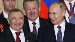 Как руските бизнесмени с наложени от Запада санкции заобикаляха наложените им ограничения