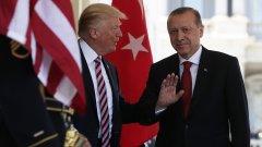 Новата позиция идва след телефонен разговор между Доналд Тръмп и Реджеп Ердоган.