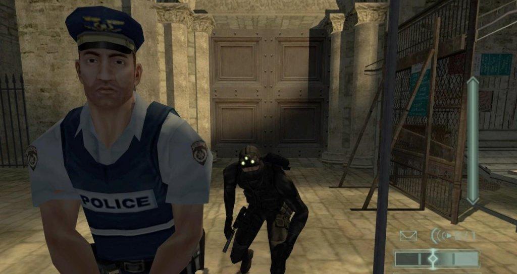 Splinter Cell  През далечната  2002 г. имахме възможност за първи път да се запознаем със Сам Фишър, който през следващите години успя да стане не по-малко известен от култовия Solid Snake от Metal Gear Solid. Първият Splinter Cell предложи за времето си невиждани дотогава графика и стелт елементи, които създадоха основата на всички следващи заглавия от поредицата.