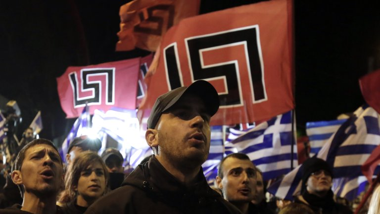Възходът и падението на партията, която съдът в Атина обяви за престъпна група