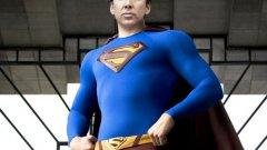 """""""Супермен ще живее"""" Филмът за Супермен е трябвало да бъде базиран на комикс, в който той бива убит от извънземен суперкомпютър. По-късно той отново върнат сред живите от супергероя Ерадиктор. Продукцията е била планирана през 90-те и главната роля е била приета от Никълъс Кейдж, но така и не се стига до осъществяването й."""