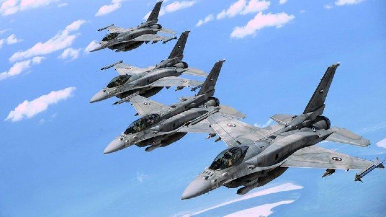 Обединените арабски емирства експлоатират специално конструирания за тях F-16E/F Block 60. Моделът не се предлага за експорт за други страни