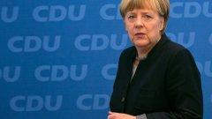 Ангела Меркел призова през декември в страната да бъдат забранени мюсюлманските забрадки, скриващи цялото лице.