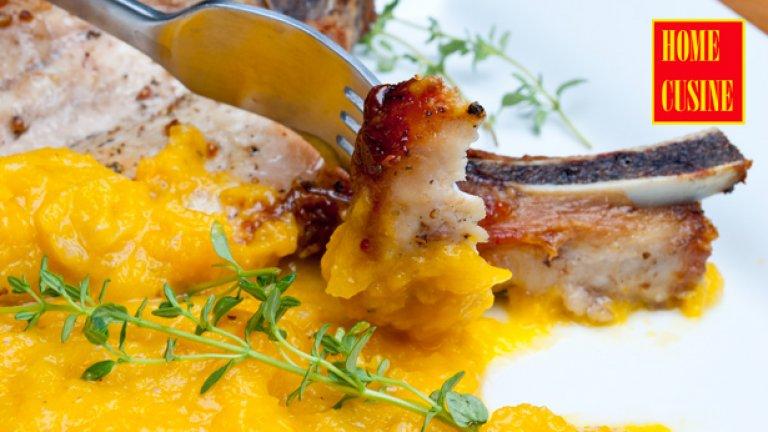 Свински котлети с пюре от печени зеленчуци