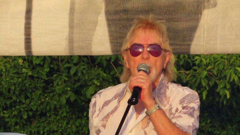 74-годишният певец си е отишъл на 29 юни