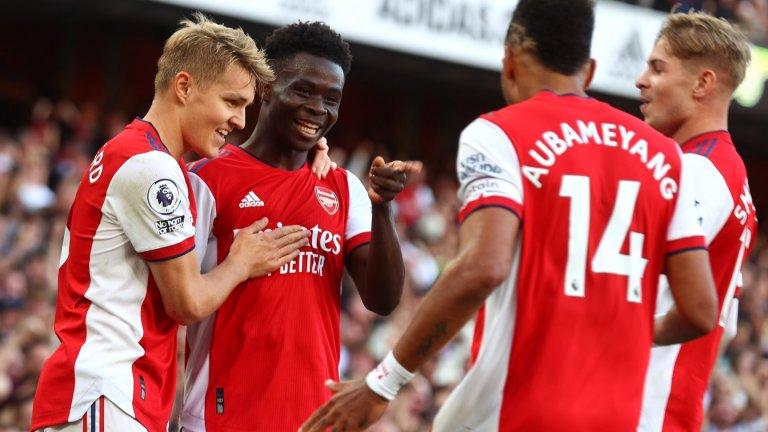 Арсенал се развилня и отнесе врага за едно полувреме