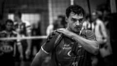 Владимир Николов стъпва за първи  път във волейболната зала преди 27 години...