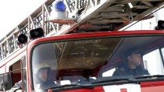 Около 50 огнеборци от няколко области се бориха с пожара, обхванал огромна площ между 5 свиленградски села