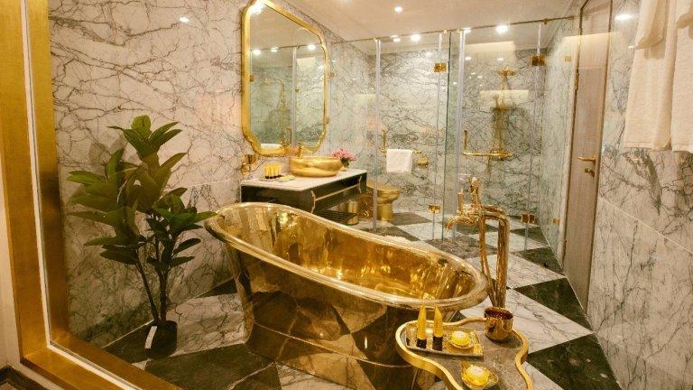 """""""Голдън лейк"""" в Ханой е забележително, макар и рисковано постижение на архитектурата"""