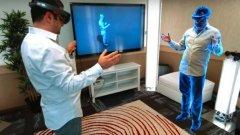 Представеният софтуер за HoloLens дава възможност за общуване чрез холограми - но си личи, че все още е в ранна фаза, а и наличната информация за него е оскъдна