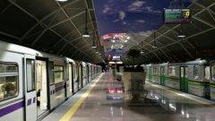 Технически проблем блокира метрото в София (обновена)