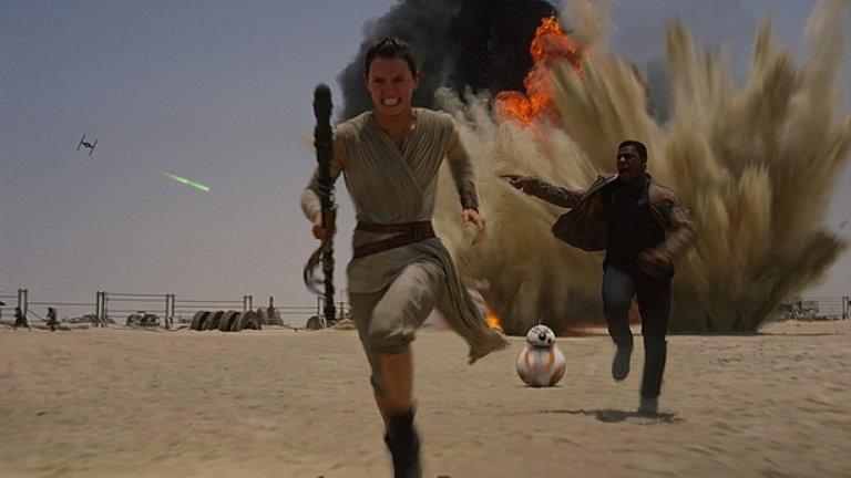 """Според него той не предлагал """"нищо ново"""", но Айгър оправдава крайния вид на филма с напрежението на феновете да се даде филм, който да се """"усеща като Star Wars""""."""