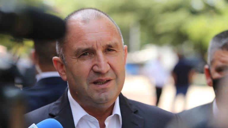 Държавният глава все пак изрази мнение, че с повече министри като Кирил Петков страната ни би изглеждала по друг начин