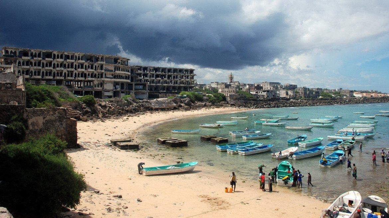 Сомалия  Голяма част от Африка се смята за територия със среден и висок риск. Сомалия е едно от тези места.