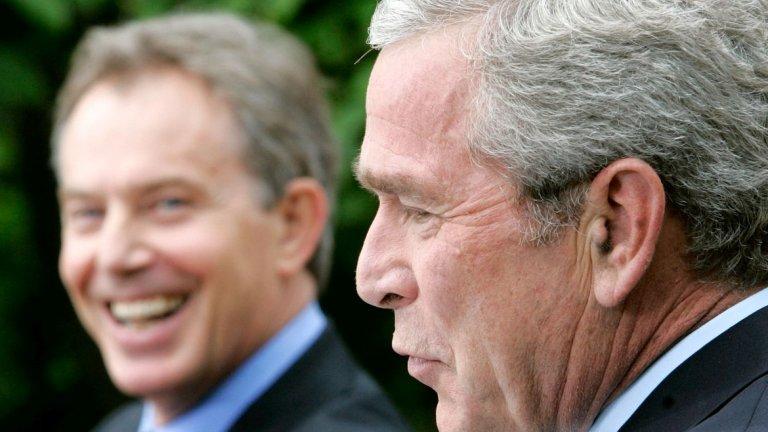 """3. """"Йо, Блеър!"""" (2006 г.)  По време на събиране на страните от Г-8 в Санкт Петербург микрофон, намиращ се близо до президента на САЩ Джордж Буш и британския премиер Тони Блеър, улавя техен личен разговор, който по-късно става известен като """"Йо, Блеър"""".  По време на разговора Буш поздравява своя британски колега с думите """"Йо, Блеър, как я караш?"""", след което му благодари за подаръка (пуловер) и отправя обидни коментари към организацията Хизбула в Ливан.  Визирайки сирийската подкрепа за Хизбула в конфликта с Израел, Буш казва, че се е надявал ООН да """"убеди Сирия да накара Хизбула да спре с тези..."""", като """"тези"""" е последвано от обидна дума. """"Свържи Кофи [Анан] по телефона с [Башар] Асад и направи нещо"""", добавя американският президент.  Използването на фразата """"Йо, Блеър"""" след това става повод за подигравки от политически опоненти и на двамата лидери, въпреки че според някой лидери Буш може да е казал """"Да, Блеър"""" (Yeah, Blair). Въпреки това записът показва особената връзка между двамата политици по онова време."""
