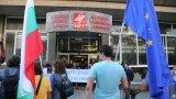 Хаджигенов посочи и че към момента по сметката, която подпомага финансово протестите, са събрани 65 хил. лева, от които са изхарчени 17 570 лева