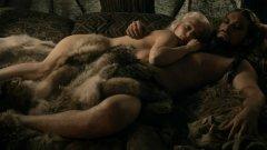 Нова вълна от сериали с голота и секс се появяват на малкия екран