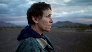 """Клои Жао създава филмово обяснение в любов към човешкото и очаква своя първи """"Оскар"""""""