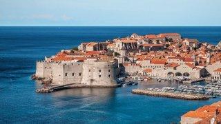 Туризмът и местните власти са категорични - нещата не може да се върнат както постарому
