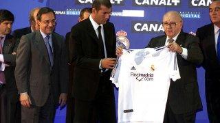 """Един """"диалог"""" върху салфетка довежда Зинедин Зидан от Ювентус в Реал Мадрид"""