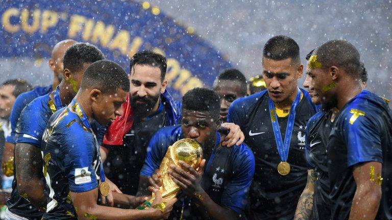 """6. Седмина французи в списъка За разлика от германци и италианци - представителите на световния шампион Франция са 7. Това е най-многобройният френски легион от 1998-а, когато за последно триумфира играч на """"петлите"""" - Зинедин Зидан."""