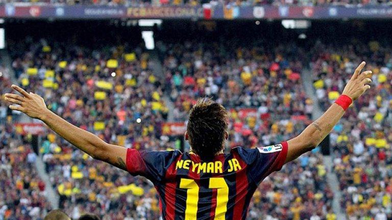 Предварителният договор за преминаването на Неймар от Сантос в Барселона е накарало един от феновете на бразилския гранд да се почувства обиден и предаден
