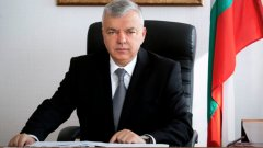 Уволнението чрез повишение на началника на НСО Ангел Антонов