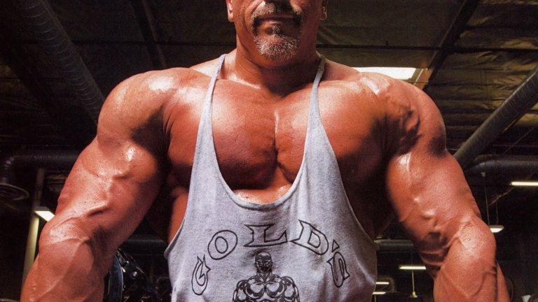 На 50 години мускулестият милионер е гладен за още успехи