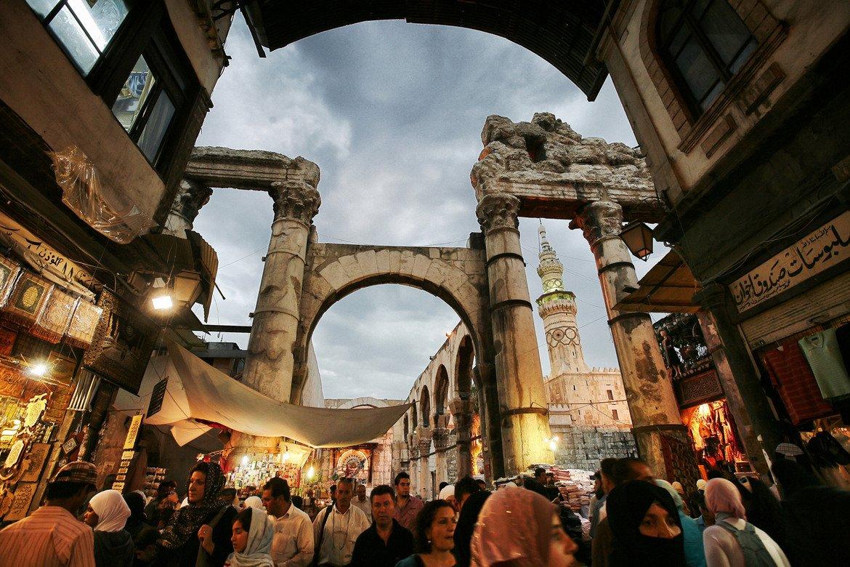 Сирия  Очаквано Сирия също попада в списъка с най-опасни страни за пътуване.  Говорител на International SOS съветва желаещите да пътуват да направят колкото се може повече проучвания за своите дестинации.