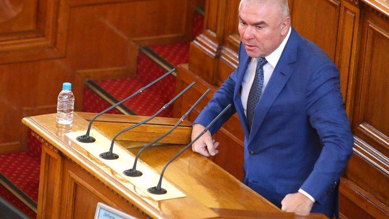 """""""Воля"""" няма да участва в събирането на 120 подписа за задвижване на процедурата"""