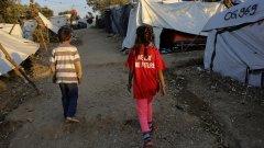 Дългият и трънлив път на децата на албанските джихадисти към дома