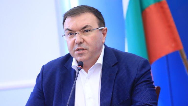 Според него е възможно България да се справи с тази задача до август