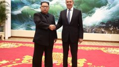 Сергей Лавров беше на посещение в Пхенян