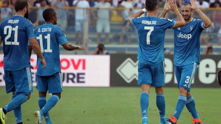 Роналдо отбеляза победно за Юве от дузпа.