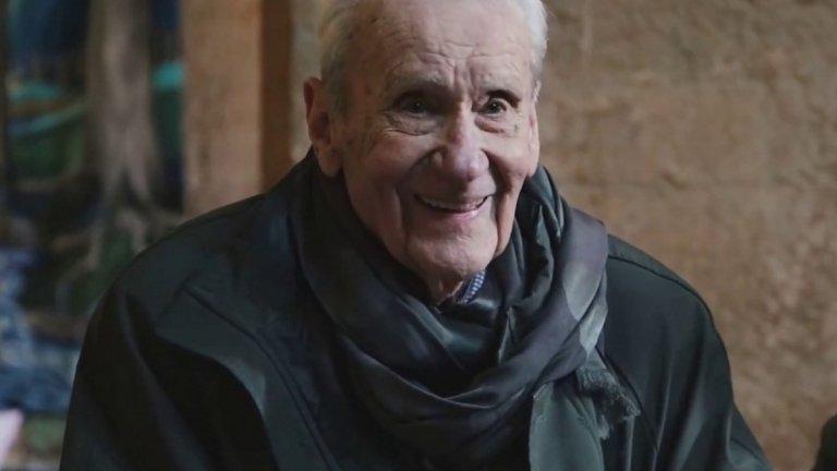 Кристофър Толкин (1924 - 2020)  На 16 януари синът на великия писател Джон Толкин и дългогодишен редактор на неговите творби, а също и сам писател - Кристофър Толкин си отиде от този свят от естествена смърт.