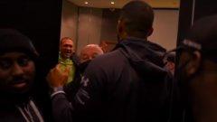 Ей Джей извади кадри как Кобрата му ръмжи в съблекалнята (видео)