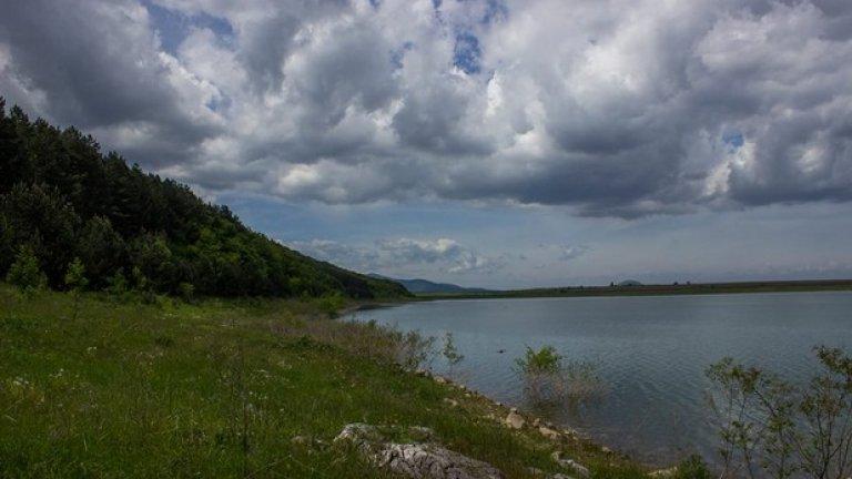 Рабишкото езеро до Белоградчик