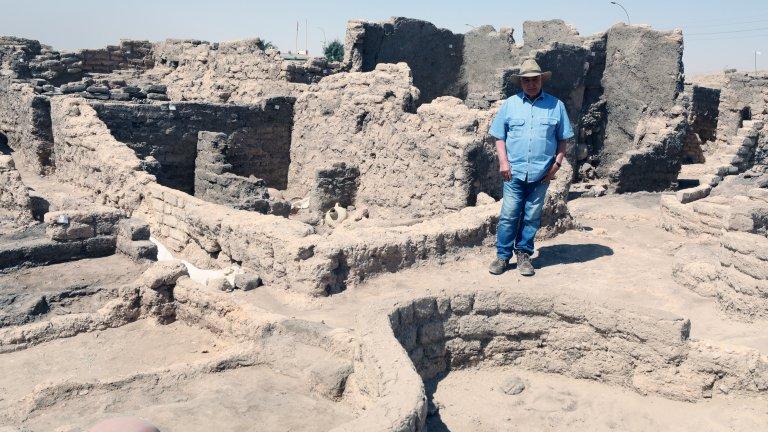 Страната се опитва да популяризира отново своето древно историческо и културно наследство и да съживи икономиката си