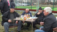 """Няма как, ама има... Който не вярва, да иде да гледа финала на турнира """"Иван Тодоров"""" в Подгумер. Пак ще дойдат повече зрители, отколкото на националите."""