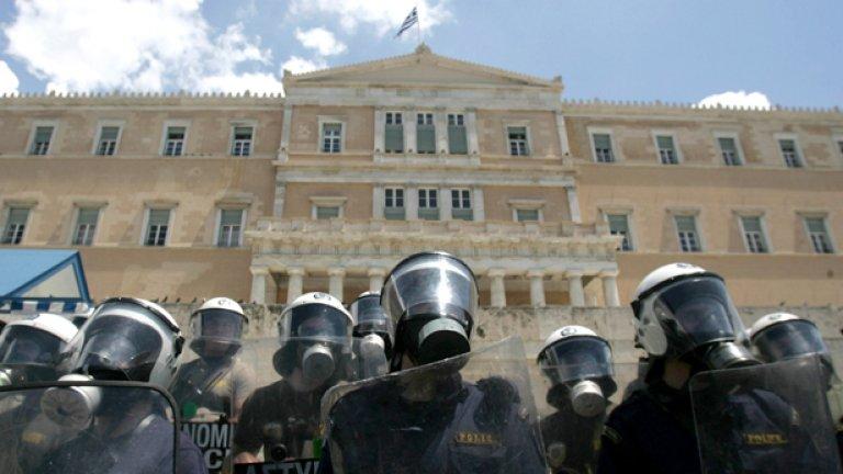 Ципрас усети вкуса на протестите