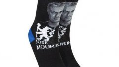 Според изображението на чорапите, Моуриньо вече не е Специалния, а Тъжния...