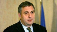 Социалният министър Ивайло Калфин порица прибързаната оценка на Владислав Горанов, че добавки няма да има