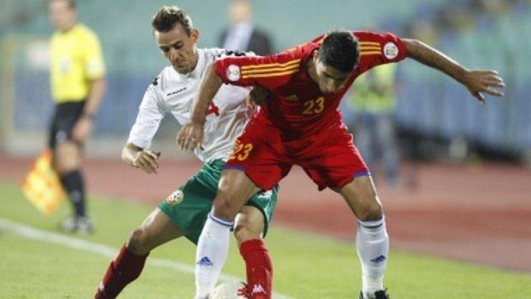 А головият им нюх се проявява в неочаквани ситуации – дали покрай някой фамозен автогол като онзи срещу Италия, или заради невпечатляващ, но коварен шут, ритнат от безизходица и донесъл първата победа на български отбор в групите на Шампионската лига.