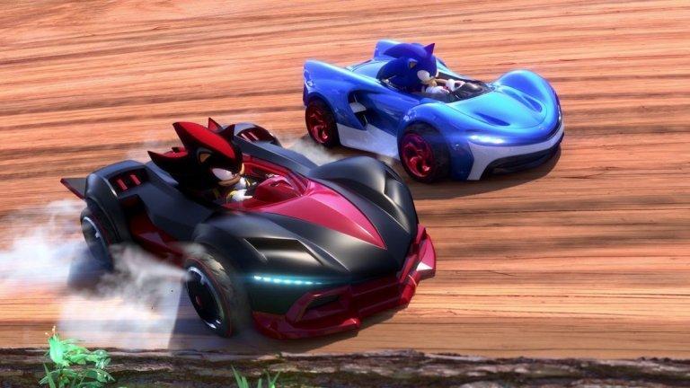 Team Sonic Racing  PC, PS4, Xbox One, Switch 21 май  Карт рейсърите отдавна са запазена територия на поредицата на Mario Kart, докато симпатичното английско студио Sumo Digital изненада всички с невероятно успешната Sonic & Sega All-Stars Racing през 2010 г. и нейното продължение Sonic & All-Stars Racing Transformed. С това студиото си заслужи лиценза на Sega за трети проект, този път акцентиращ изцяло върху бързоногия таралеж. Очакват ни 21 писти и акцент върху кооперативния елемент, тъй като всеки екип се състои от предварително подбрани герои, които трябва да комбинират силите си, за да стигнат първи до финала. За разлика от много карт рейсъри, в които сингълплейър кампанията е просто прелюдия към онлайн битките, в Team Sonic Racing ще видим сериозен сингъл режим, разделен на глави. Нещо повече, освен да сте първи, ще трябва да постигнете и определени други задачи, например да съберете даден брой пръстени по трасето. След дълги години на посредствени игри, напоследък поредицата Sonic изглежда търпи своеобразен ренесанс и Team Sonic Racing може да бъде нова добра новина за почитателите на класическия талисман на Sega.