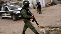 Силите за сигурност в Мексико действат като наркокартелите - отвличат и убиват безнаказано
