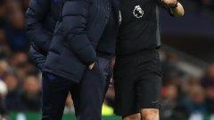 Моуриньо показа отношението си съм решенията на ВАР и по време на мача