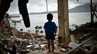 Според доклад на Междуправителствения панел за климатични промени към ООН дори поетите ангажименти от Парижкото споразумение няма да са достатъчни, за да се спасим от катастрофални и необратими промени в климата. А срокът за действие е плашещо кратък...